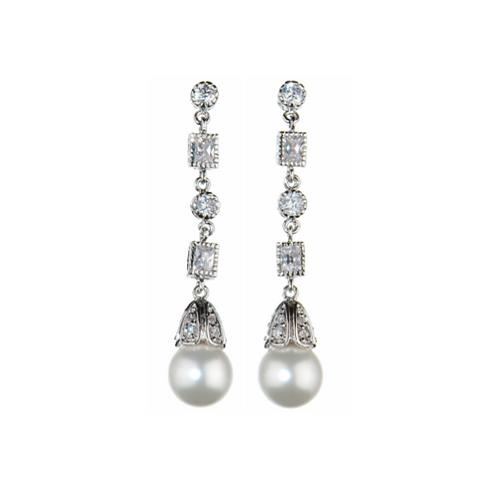 Antique pearl earrings by Prive Bridal