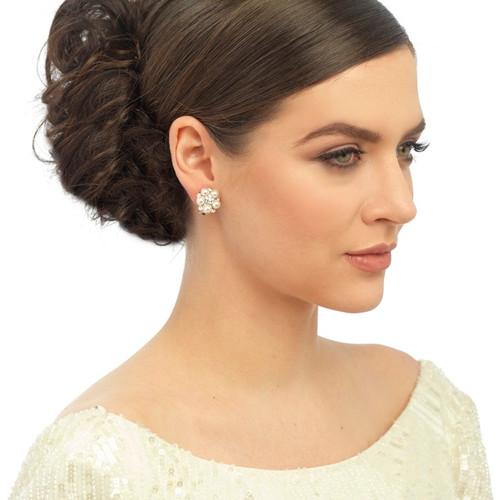 Clic Pearl On Clip Earrings Model