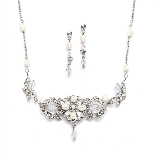 Alternative image of Freshwater pearl and crystal bridal necklace and earrings set