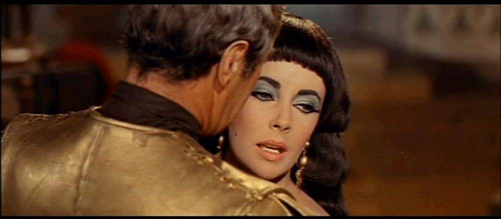 Elizabeth Taylor As Cleopatra, Screenshot