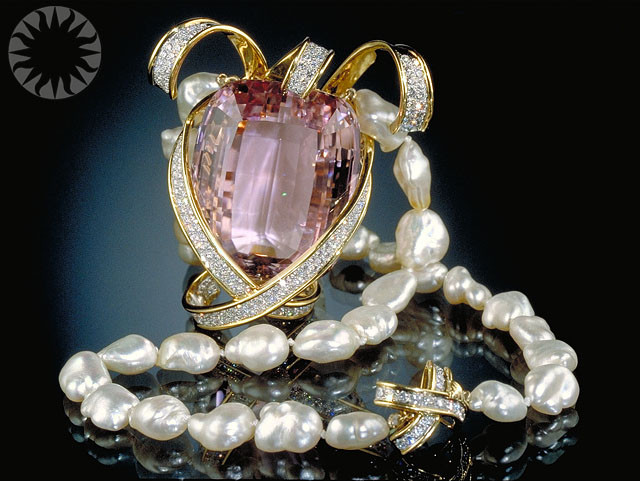 Picasso Tiffany Kunzite Pearl Necklace