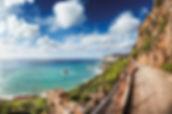 Sardinien_Walkway_along_the_coast_with_h
