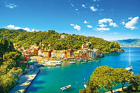Portofino_luxury_village_landmark,_panor