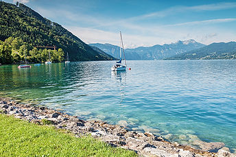 Attersee lake in Austria 67367710 © Adob