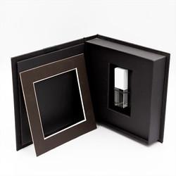 USB Box in Black Inside