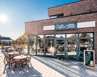 GrossenMeer-Cafe-002_edited.jpg