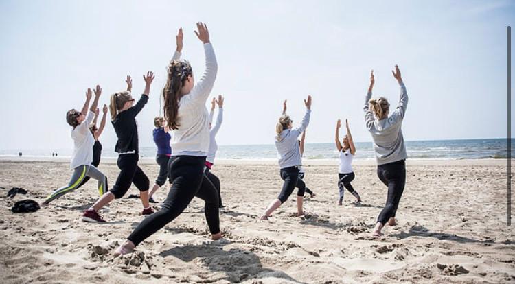 Yoga Bild 2.jpg