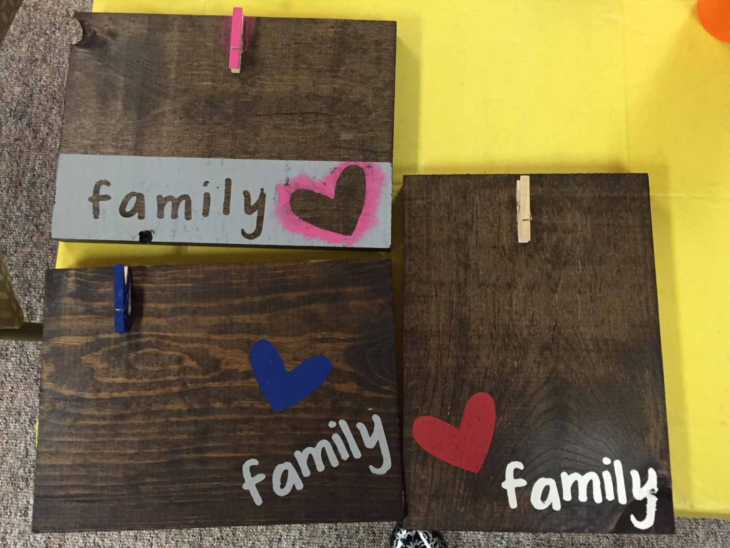 Family Signs - Hang Picture