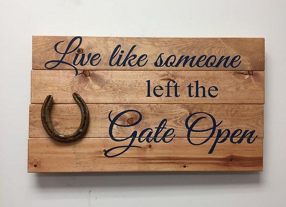 Live / Gate Open