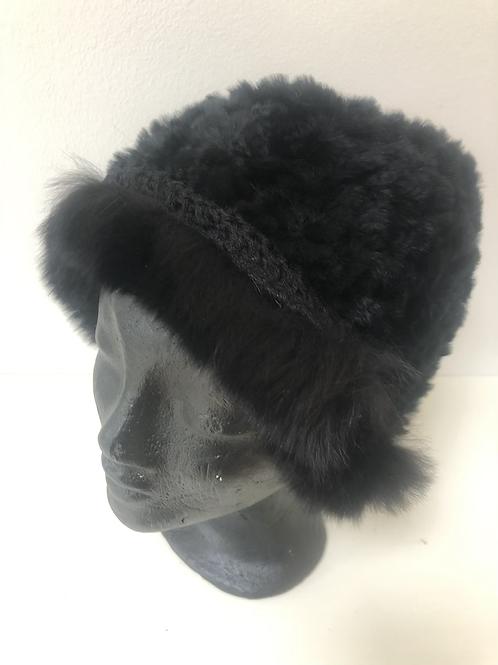 Sort hat med kant tilbud