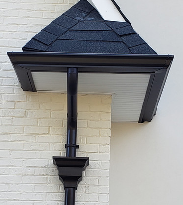 Residential Gutters With Round Downpipe