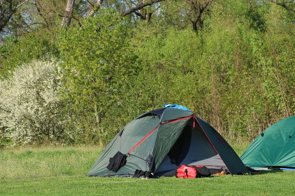 Vacances avec une toile de tente