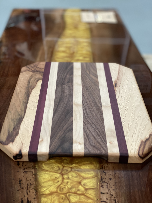 Thumbnail: Handmade Cutting Board