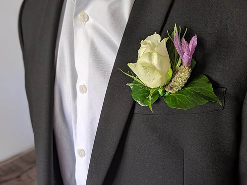 wedding flowers buttonhole boutonierre groom buy flowers letterbox flowers white rose lavender