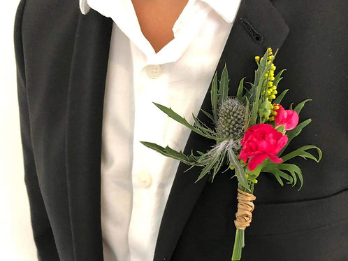 wedding flowers buttonhole boutonierre groom buy flowers thistle carnation