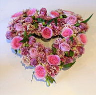 Carnation and rose heat centre piece