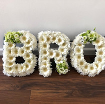 Gerbra daisy, chrysanthemum and eustoma tribute
