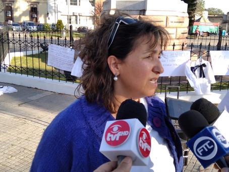 """Yanina Fleitas de ADEMU: """"Robert Silva intenta ponernos en contra de las familias"""""""