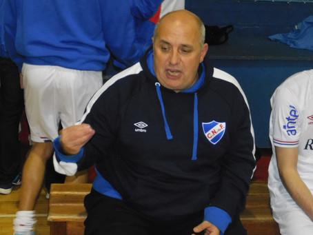 El entrenador de Nacional Futsal, Aníbal Roba habló en Tercer Tiempo Radio