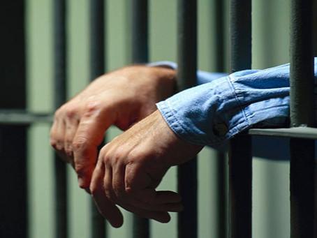 Marchó dos años a la cárcel por lesiones graves y receptación