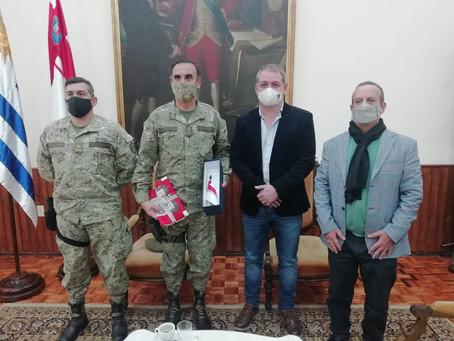 El intendente López recibió al Jefe de la División II del Ejército Nacional, Gral. Omar Carabajal