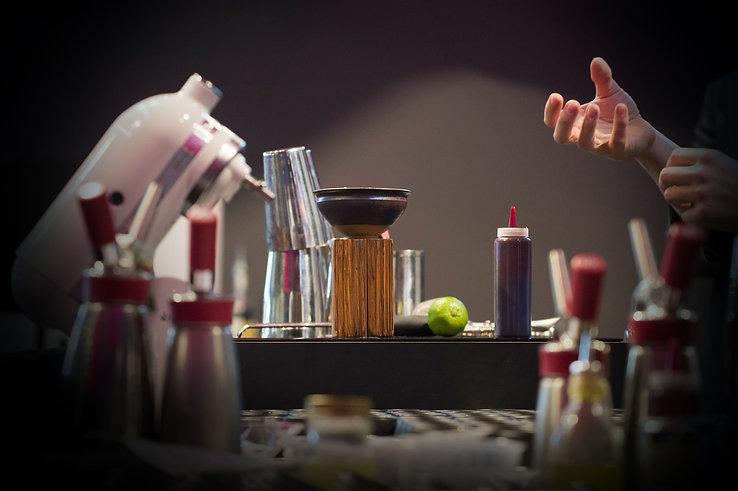 consultant bar, consultant mixologie, agence cocktail paris, conseil CHR, consultant cocktail paris, agencement bar paris