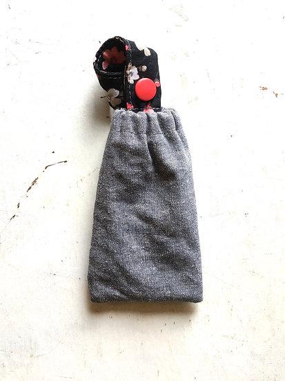 porta disinfettante piccolo jeans | fiori