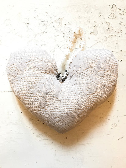 corazón | pizzo beige