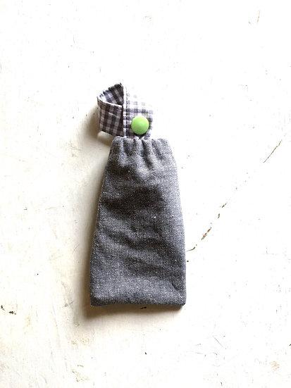 porta disinfettante piccolo jeans | vichy | bottone verde acido