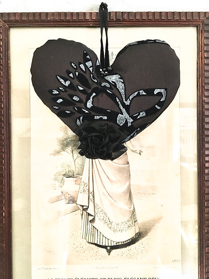 corazón grande | nero motivi a rilievo velluto grigio