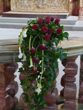 Kirchendekoration Rosen