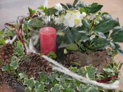 Trauerschale Winter mit Kerze
