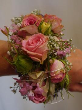 Armschmuck rosa