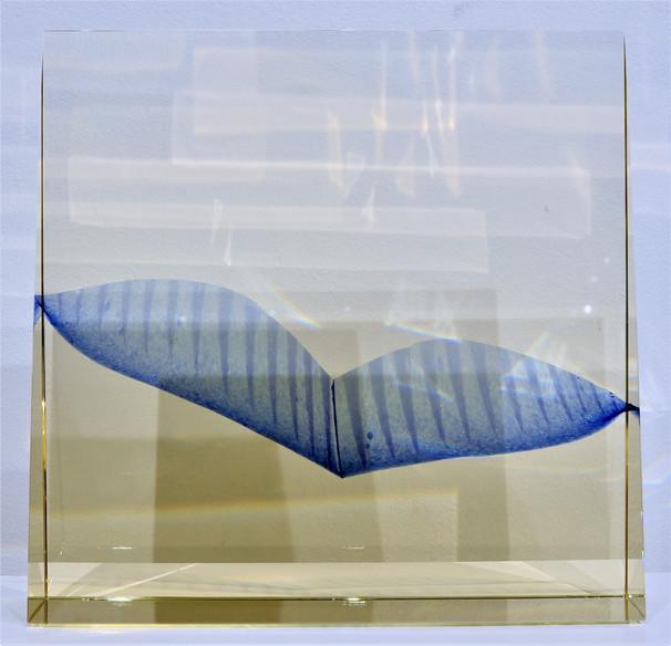 tavené sklo | melted glass  soukromá sbírka | private collection  Lze dotavit další kus