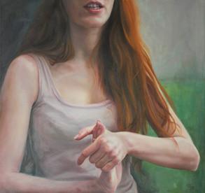 Dívka s prokřehlýma rukama