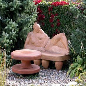 šamotová zahradní plastika   garden fire clay sculpture