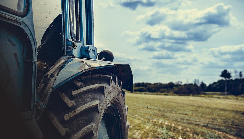 2_old-tractor-field.jpg