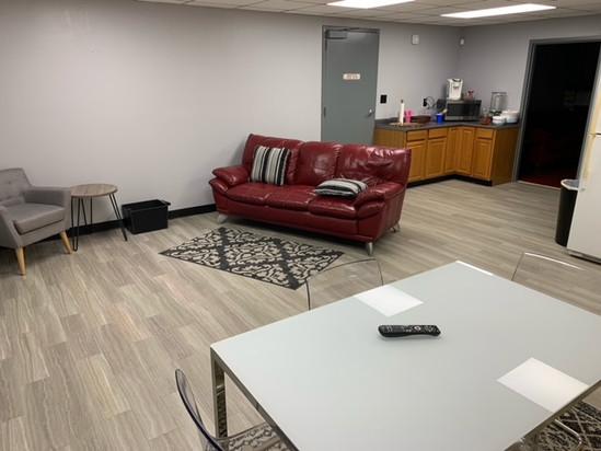 Lounge.jpeg