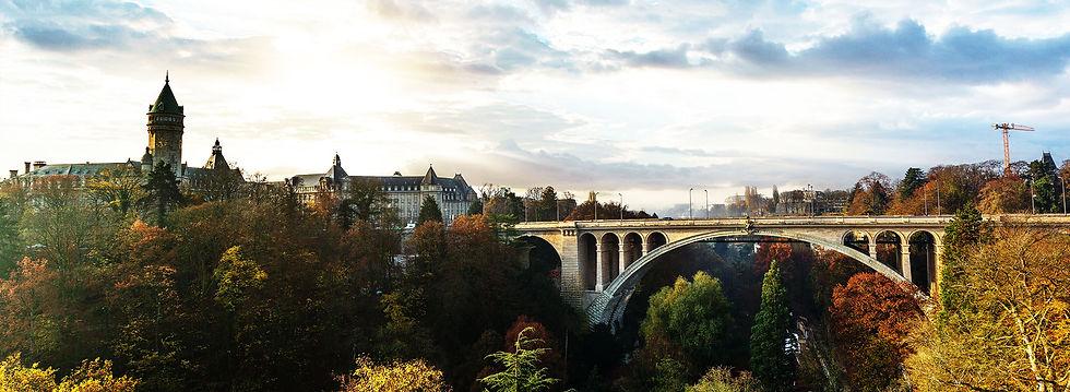 f-home-slider-luxembourg-jour-1.jpg