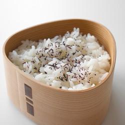 おむすび弁当箱_ゆかりご飯02