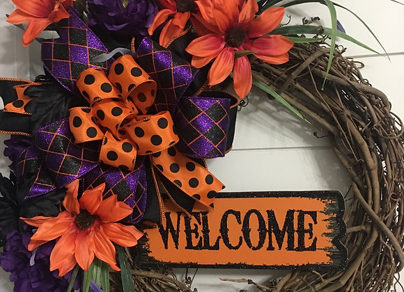 Welcome Halloween grapevine wreath