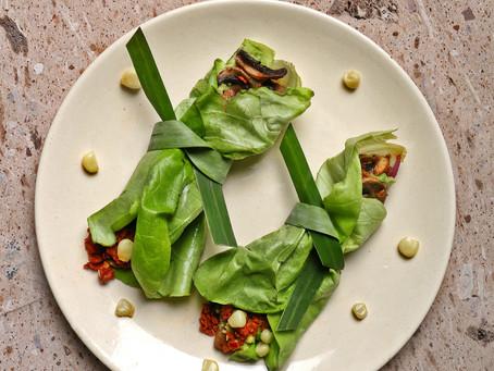 Tacos de hoja de lechuga con chorizo de pavo