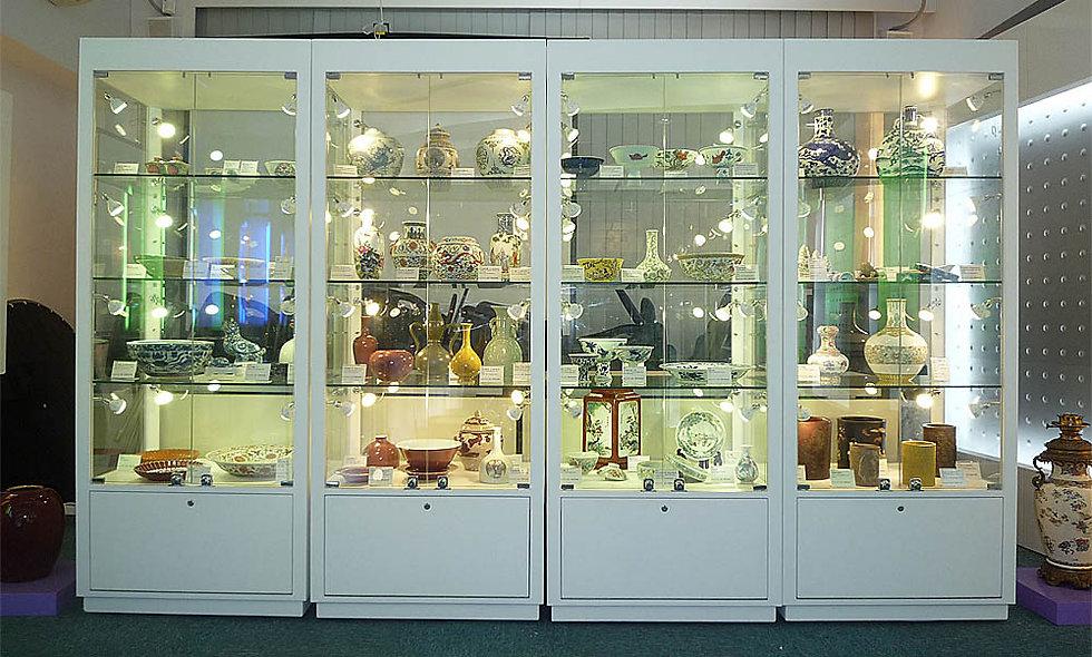 Dominques Auctions Showcase, Hong Kong
