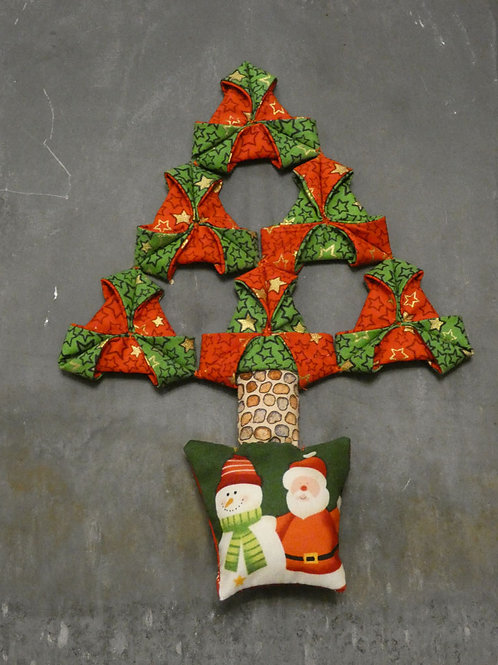 Medium Fabric 'Origami' Christmas Tree Wall Hanging - Red & Green