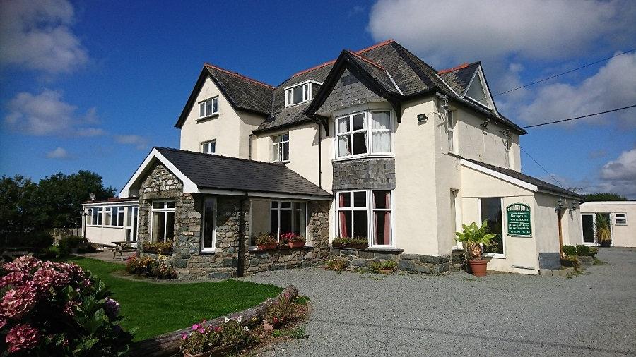 Cadwgan House Hotel