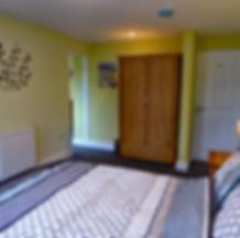 Noddfa Master Bedroon, Bryn Melyn Apartments