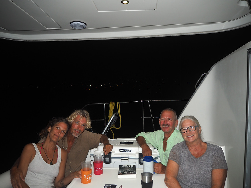 Bill et Mary Beth sur le catamaran Pelican