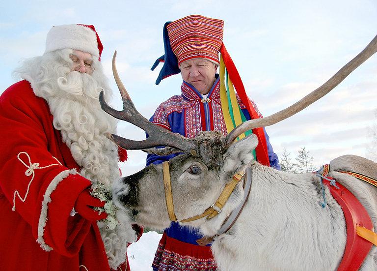 Joulupukki ja poromies | Santa and reindeer herder
