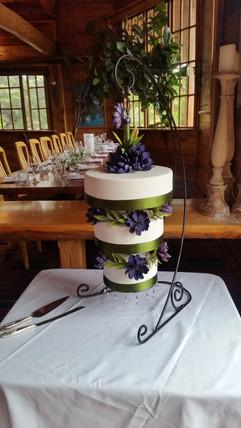 Chandelier Wedding Cake