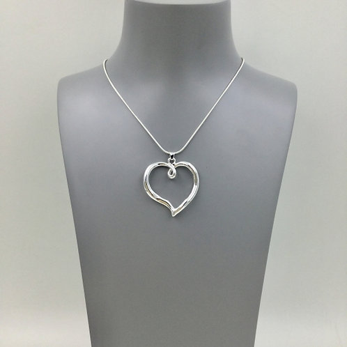 Silver Heart - Short Necklace